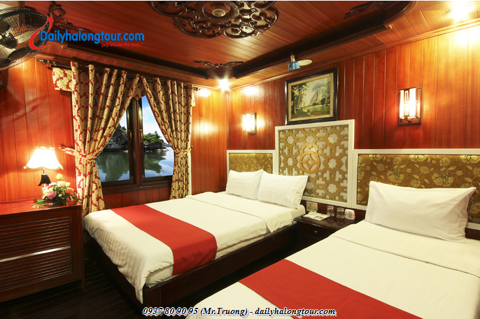 The yacht has 12 rooms with beautifully harmonious interior for Ha Long Bay tours